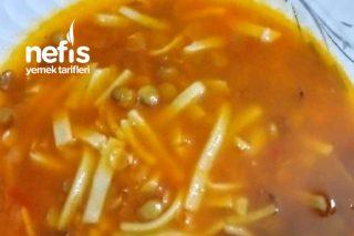 Yeşil Mercimekli Erişte Çorbası (Anne Tarifi)