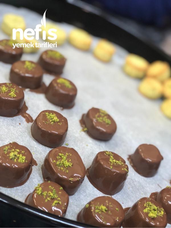 Antep Fıstıklı Çikolatalı Kurabiye (denemeyen Çok Şey Kaçırır)