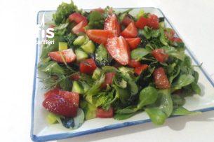 Bahara Yakışır Mevsim Salata (Bu Tarif Favoriniz Olacak) Tarifi