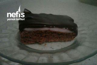 Çikolata Soslu Pudingli Kek Tarifi
