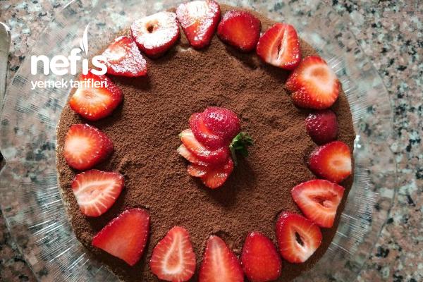 Hazır Kek İle Pratik Tramisu Tarifi