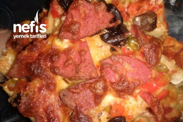 Hazır Pizza Tadında Pizza Tarifi