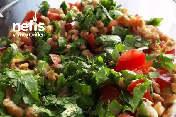 Gavurdağ Salatası (İftara Özel Nar Ekşili Nefis Tat) Tarifi