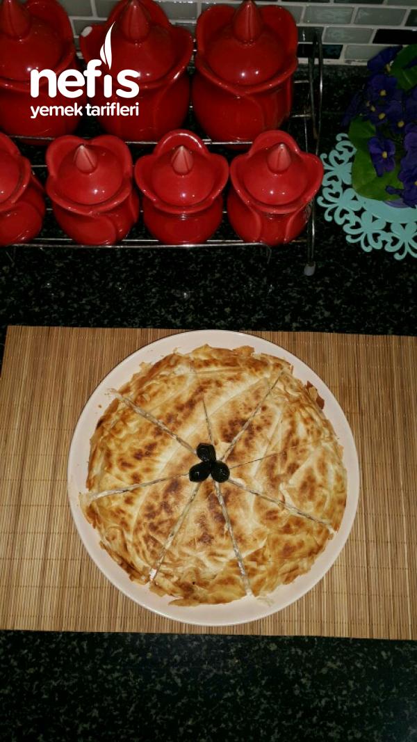 Peynirli Tava Böreği