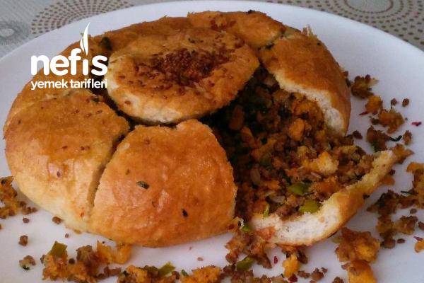Kıymalı Ekmek Dolması (Ramazan Ayı Özel Tariflerimizden) Tarifi