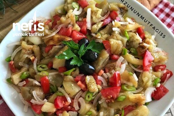 Köz Patlıcanlı Çoban Salata Tarifi