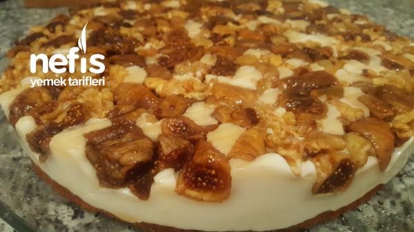 Muhteşem Karamelli İncir Pastası