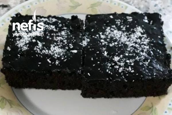 Nefis Browni Tadında Islak Kek Tarifi