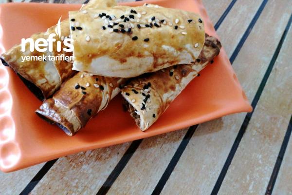 Yufka Ekmekten Yeşil Mercimekli Börek Tarifi