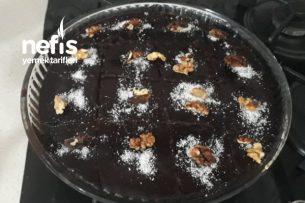 Browni Tadında Islak Kek (Videolu Anlatım) Tarifi