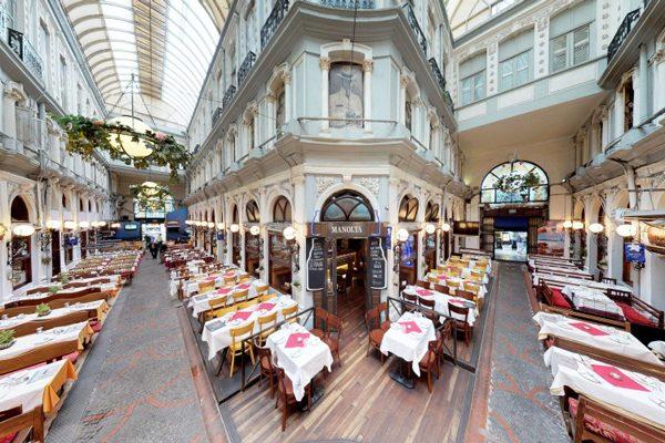 Çiçek Pasajı'nın En İyi 5 Restoranı – Lezzet ve Tarihin Keyifli Buluşması Tarifi
