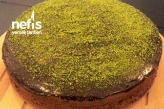 Yumuşacık Kıvamlı Çikolatalı Kek Tarifi