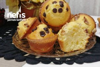 Muz Pudingli Muffin Kekleri (12 Adet) Tarifi