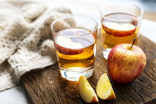 oje lekesi nasıl çıkar elma sirkesi