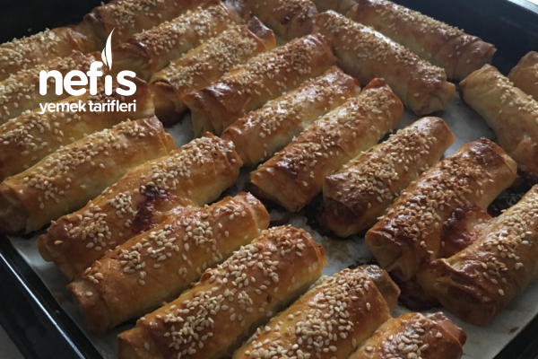 Paçanga Böreği ( Fırında ) Tarifi