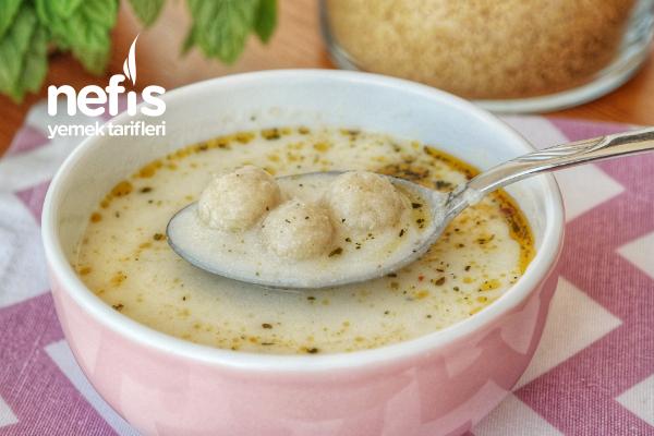 Bulgur Köfteli Yoğurt Çorbası