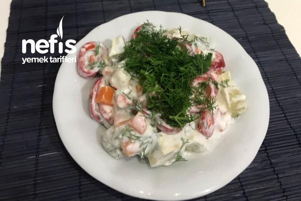 Metabolizma Hızlandıran Yoğurtlu Enginar Salatası Tarifi