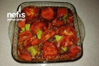 Kıymalı Patatesli Patlıcan Yemeği (Öğrenciye Göre) Tarifi