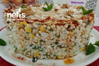 Tavuklu Yoğurtlu Kuskus Salatası Tarifi