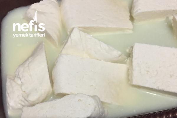 Tutmayan Yoğurttan Peynir Tarifi