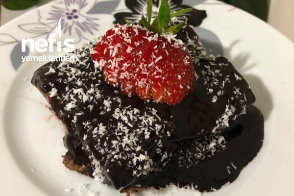 Çikolata Soslu , Pudingli Bisküvi Pastası Tarifi