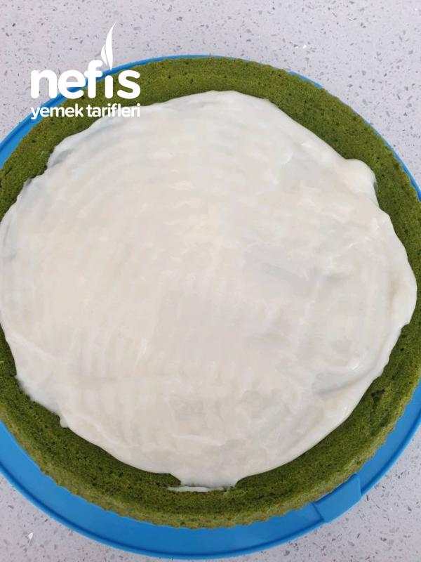 Karpuz Görünümlü Ispanaklı Kek