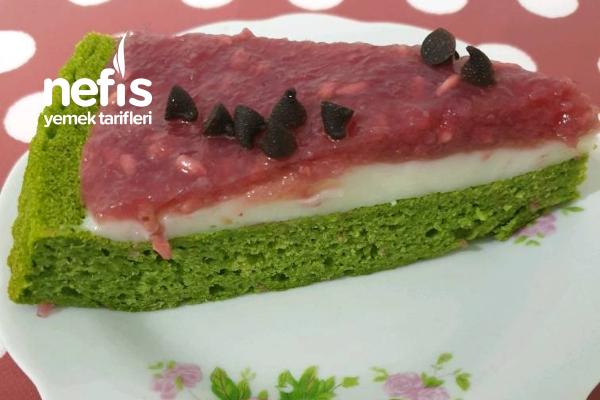 Karpuz Görünümlü Ispanaklı Kek Tarifi