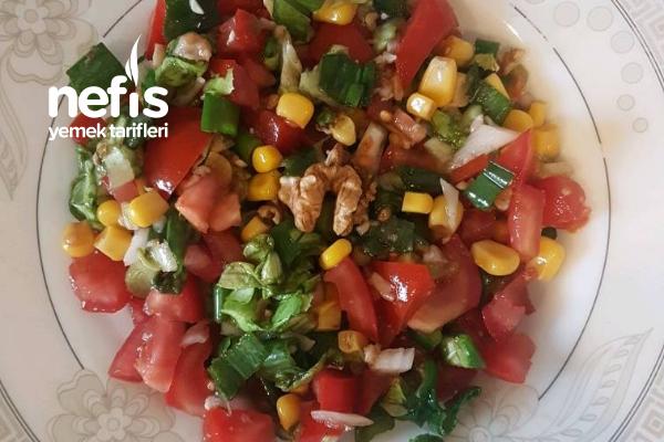 Cevizli Salata Tarifi