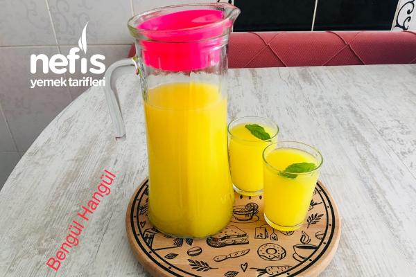Bir Limon Bir Portakal İle Üç Litre Limonata Yapımı Tarifi