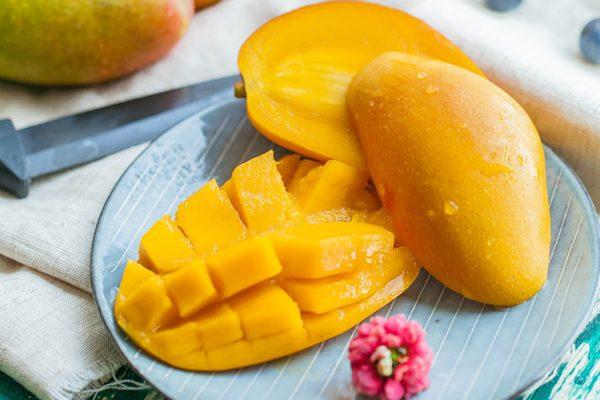 Vitamin Deposu Mangonun Az Bilinen 7 Mucizevi Faydası Tarifi
