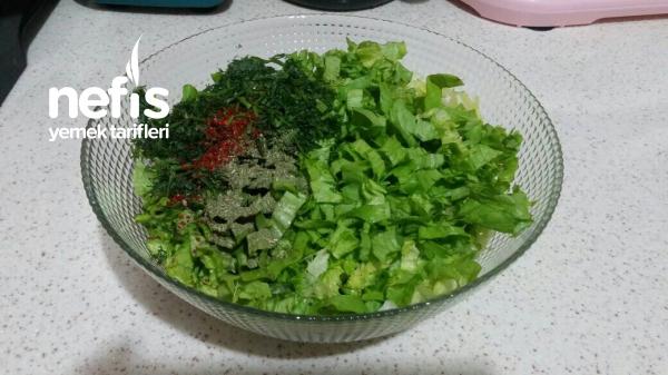 Soğuk Marul Salatası