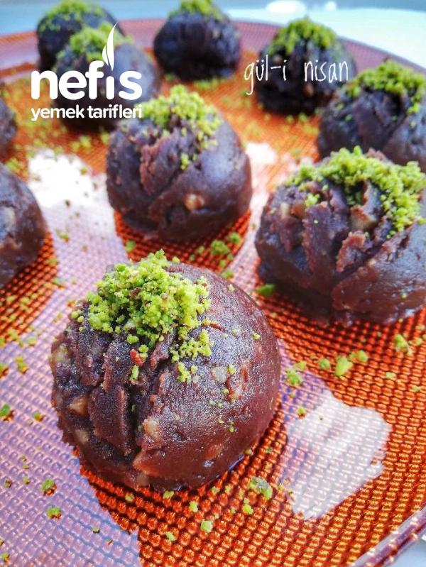 Çikolatalı Tahinli Un Helvası(ENFES)