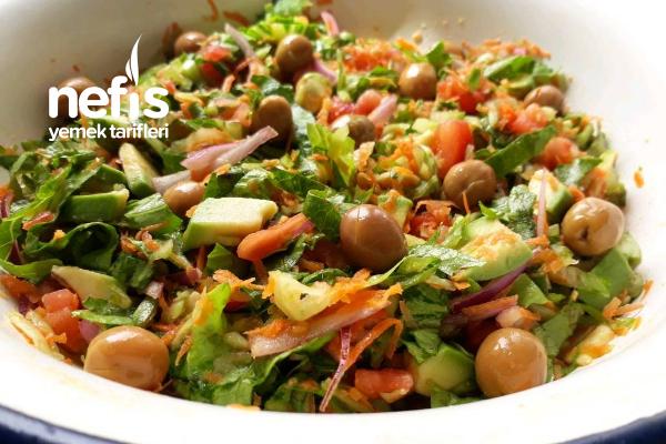 Avokadolu Salata Tarifi