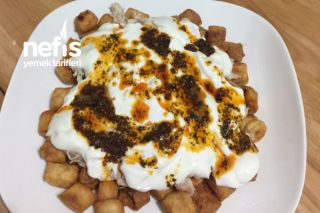 Kızarmış Yufkalı Tavuk Salatası Tarifi