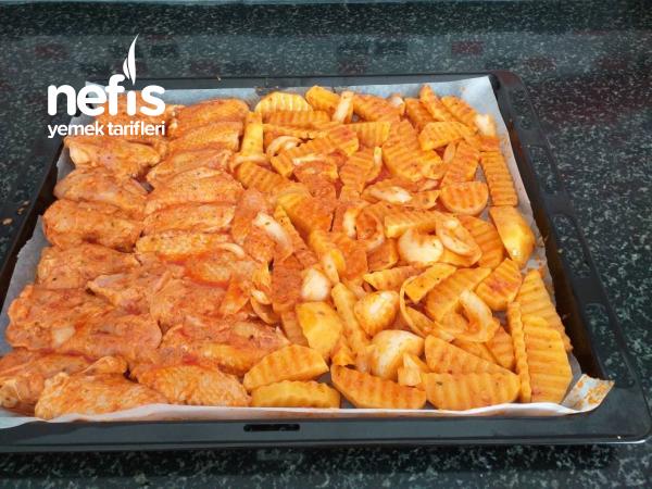 Enfes Sosuyla Firinda Tavuk Patates