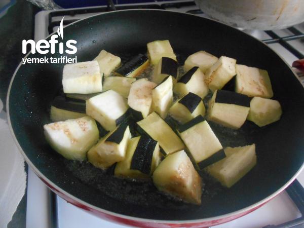 Ekşili Patlıcan Yemeği