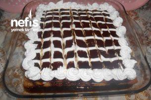 Karamel Soslu Muhallebili Revani Pastası Tarifi