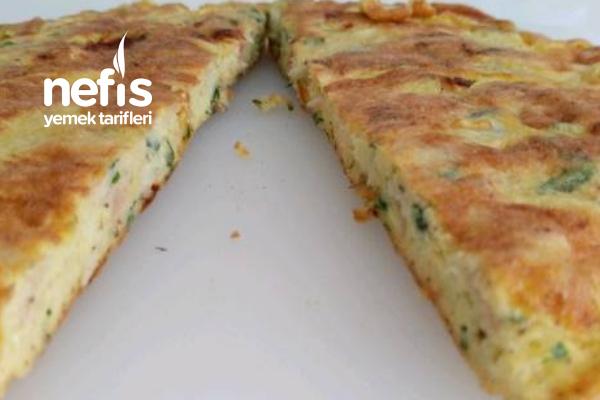 Omlet (Hindi Fümeli Bol Malzemeli) Tarifi