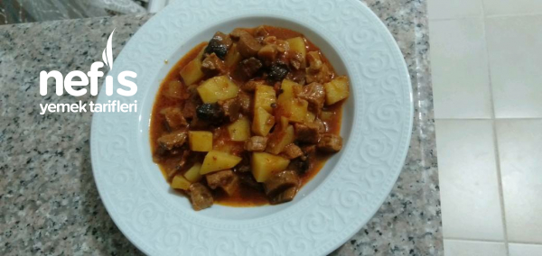 Mantarlı Patatesli Et Yemegi