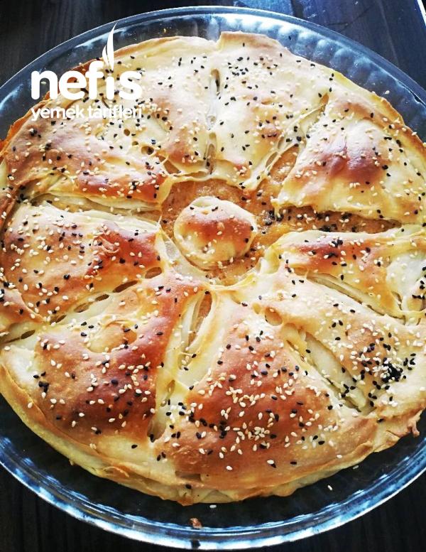 Kıyır Kıyır Arnavut Böreği