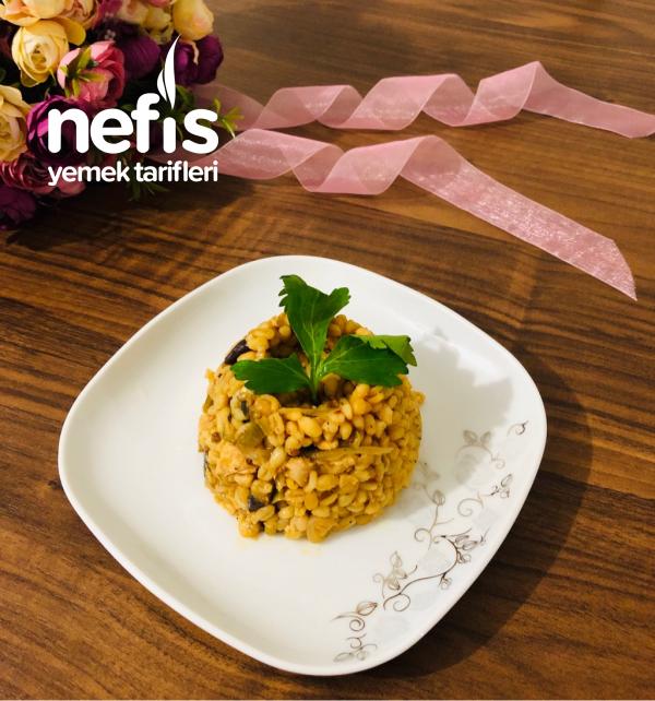 Mis Gibi Kokar, Patlıcanlı Tavuklu Bulgur Pilavı