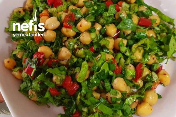 Nohutlu Diyet Salata Tarifi
