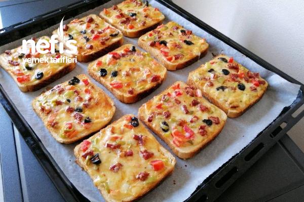 Pizza Tadında Kahvaltılık Ekmek Dilimleri Tarifi