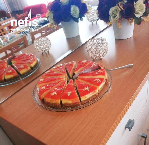 Cheesecake (Orman Meyveli)
