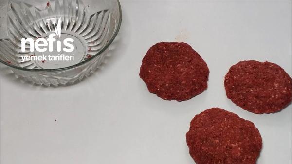 En İyi Hamburgergerçek Hamburger Tarifiköftesi Ve Ekmeğiyle (videolu)