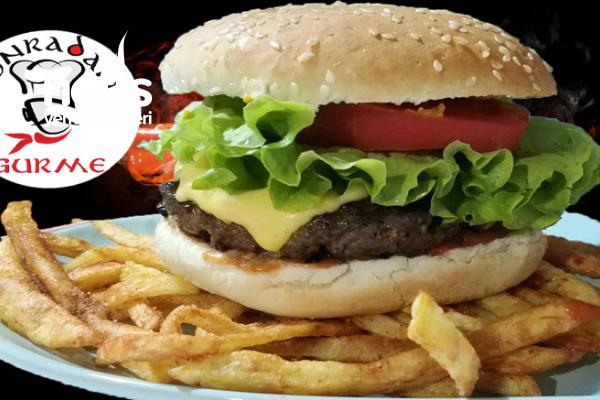 En İyi Hamburger (Gerçek Hamburger Tarifi Köftesi Ve Ekmeğiyle,Videolu)