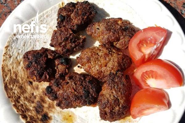 Mangallık Köfte (Adana Kebabı Tadında) Tarifi