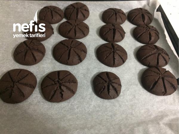 Kakaolu Çikolata Soslu Kurabiye