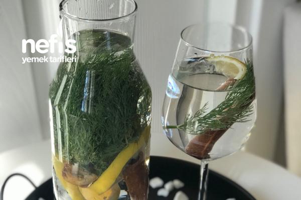 Emzirenler İçin Anne Sütü Arttırıcı Ödem Giderici Detoks Suyu Tarifi
