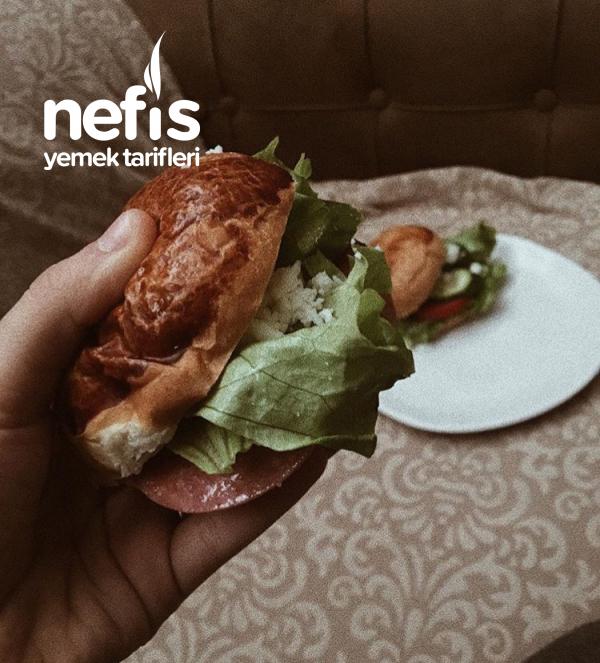 Ev Yapımı Poğaça İçine Soğuk Sandviç